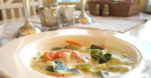 Ungsgratinerad-grönsakssoppa