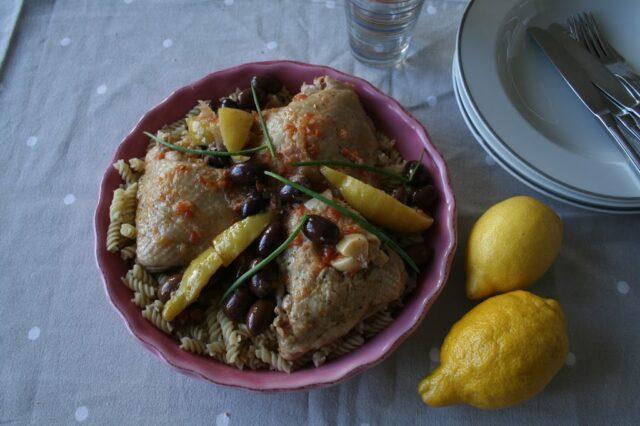 Kycklinglår med citron och oliver